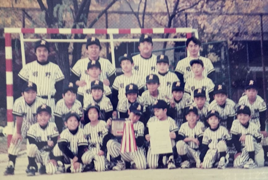 最後列・右から二番目が益田コーチ